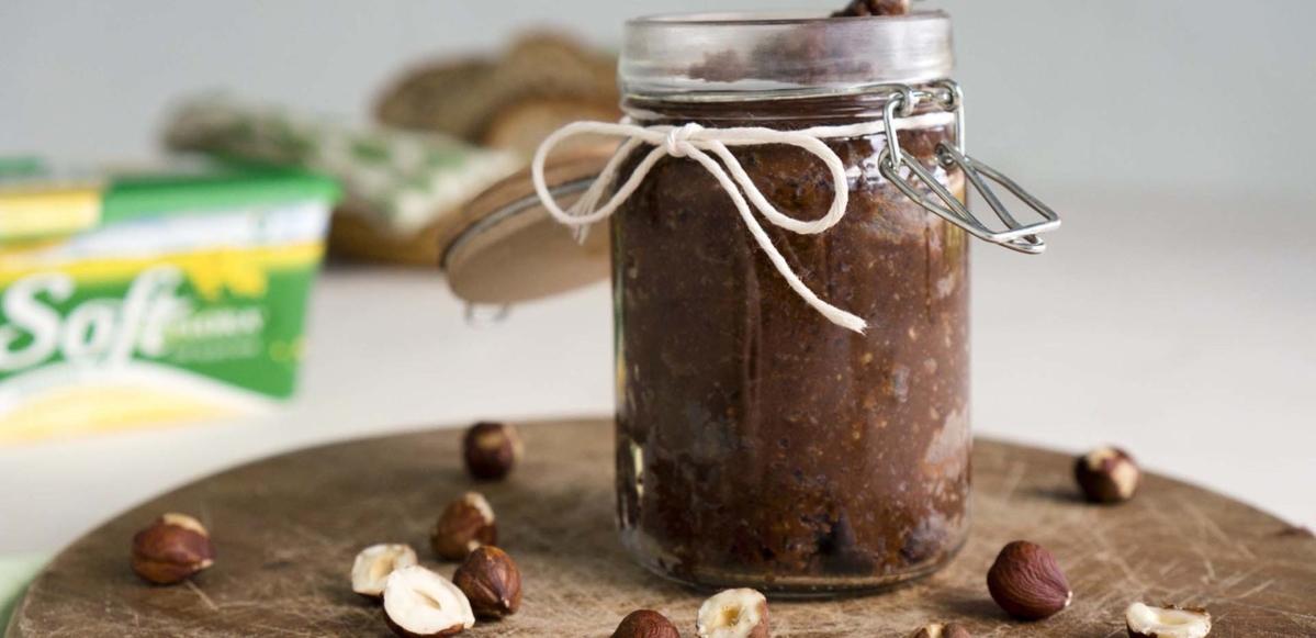 hjemmelaget-sjokoladepålegg_1920-1600x775.jpg