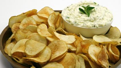 saratoga_chips_with_herbed_feta_dip-thumb-540x303-179770.jpg